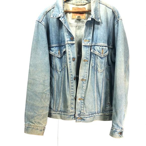 Levis blue denim jean jacket size L